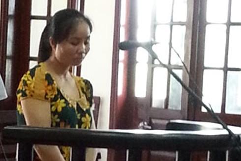 Bị cáo Đinh Thị Minh Hậu tại phiên tòa xét xử