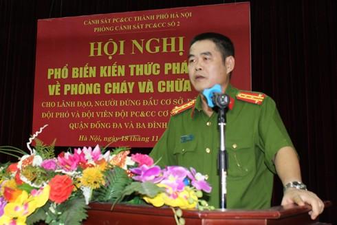 Đại tá Nguyễn Trường Sơn, Trưởng phòng Cảnh sát PCCC số 2 phát biểu khai mạc hội nghị tuyên truyền