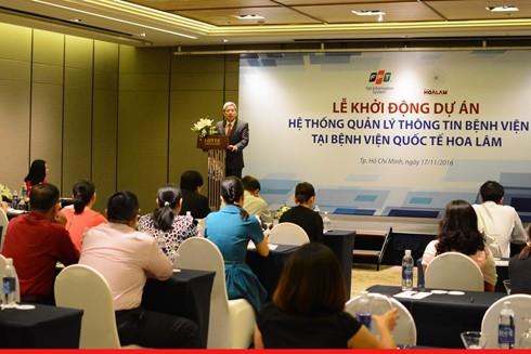 Ông Nguyễn Tuấn Hùng, Phó tổng giám đốc FPT IS phát biểu tại buổi lễ