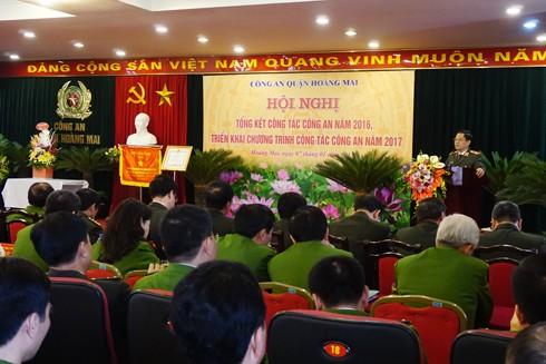 Thiếu tướng Đoàn Duy Khương, Giám đốc CATP phát biểu, chỉ đạo tại hội nghị