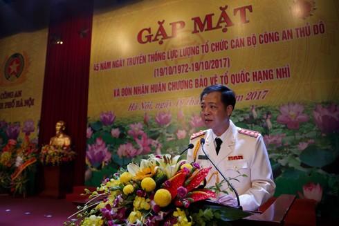 Đại tá Trần Hải Quân, Trưởng phòng Tổ chức cán bộ phát biểu tại buổi lễ