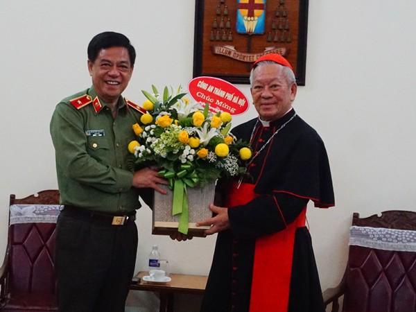 Giám đốc CATP Hà Nội: Chúc mừng Tòa Tổng Giám mục Hà Nội ảnh 1