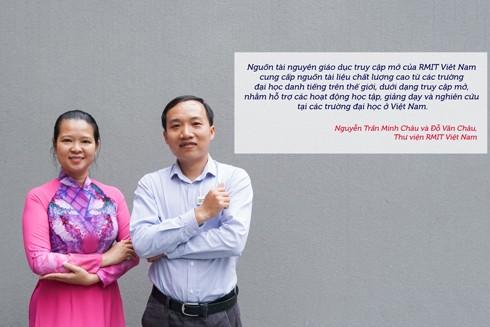 Ông Đỗ Văn Châu (phải), Chuyên viên thư viện phụ trách các Dịch vụ số, và bà Nguyễn Trần Minh Châu, Chuyên viên thư viện phụ trách hỗ trợ các khoa, của Thư viện RMIT Việt Nam, giới thiệu về Nguồn tài nguyên giáo dục mở của trường