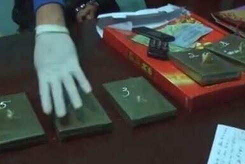 Cơ quan chức năng kiểm đếm tang vật vụ án