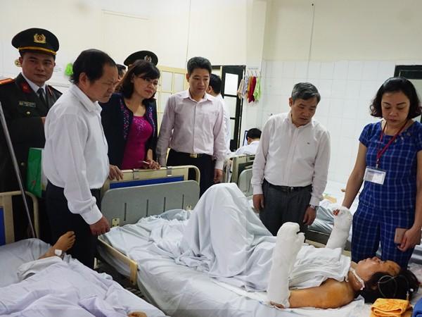 Ban Thường vụ Huyện ủy Thanh Trì thăm hỏi động viên gia đình anh Lê Ngọc Xuân