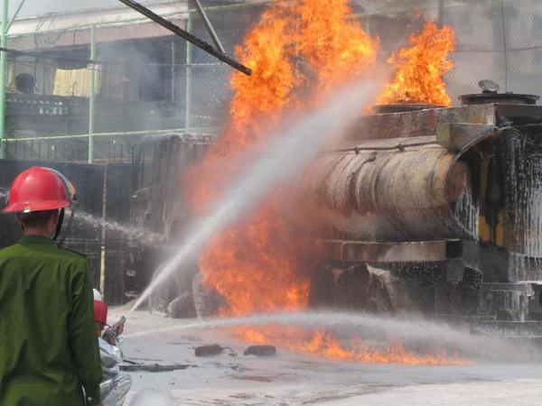 Vụ cháy tại cây xăng Trần Hưng Đạo, Hà Nội