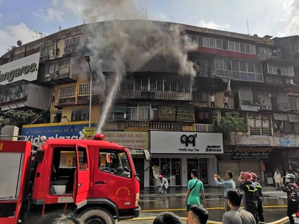 Lực lượng Cảnh sát PCCC và CNCH nhanh chóng dập tắt đám cháy