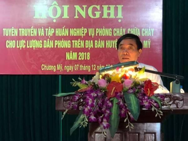 Ông Nguyễn Ngọc Lâm, Phó Chủ tịch UBND huyện Chương Mỹ phát biểu tại hội nghị