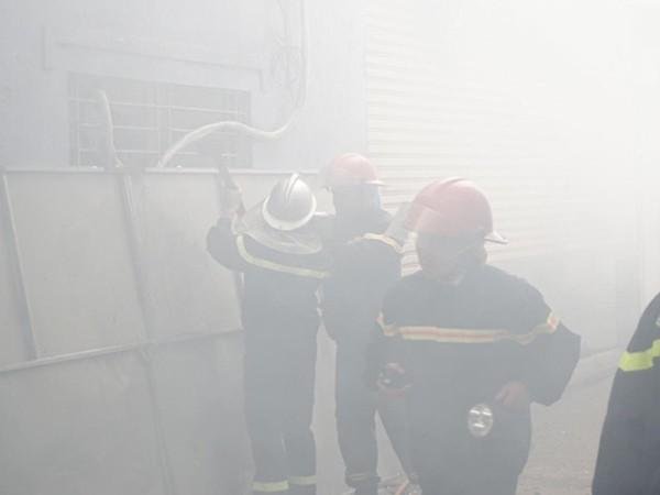 Lực lượng Cảnh sát PCCC và CNCH rà soát tìm kiếm cứu nạn tại khu vực xảy cháy