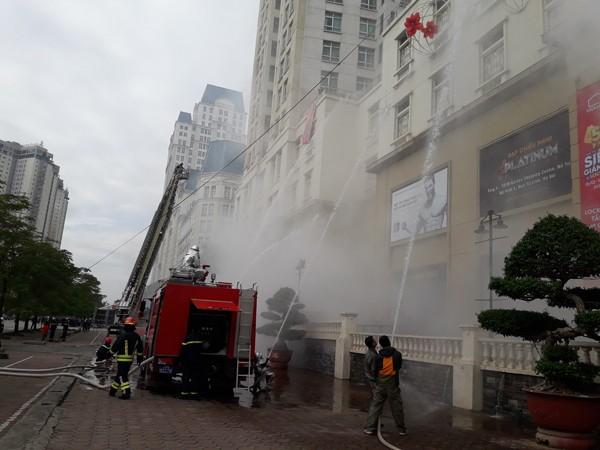 Diễn tập phòng cháy, chữa cháy, tìm kiếm cứu nạn tại tòa nhà The Garden ảnh 4