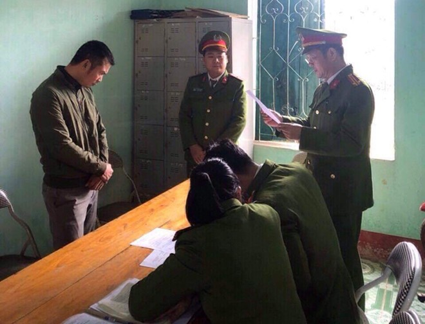 Cơ quan Cảnh sát điều tra Công an tỉnh Hà Giang đọc lệnh bắt Đoàn Văn Dự