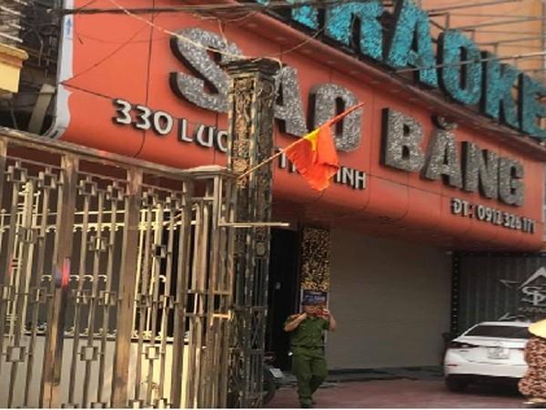 Công an đang điều tra vụ nổ súng tại quán karaoke ở Nam Định