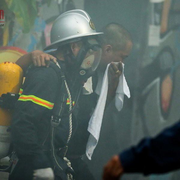 42 người bị mắc kẹt trong đám cháy đã được lực lượng CNCH cứu an toàn