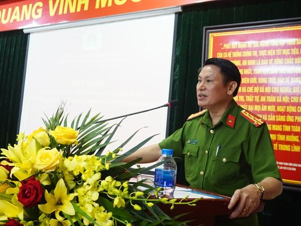 Đại tá Nguyễn Văn Viện phát biểu chỉ đạo tại hội nghị