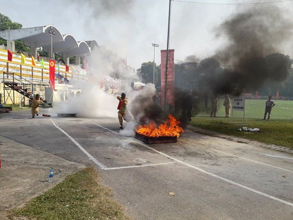 Nội dung thi của các đội PCCC gồm chữa cháy và cứu tài sản