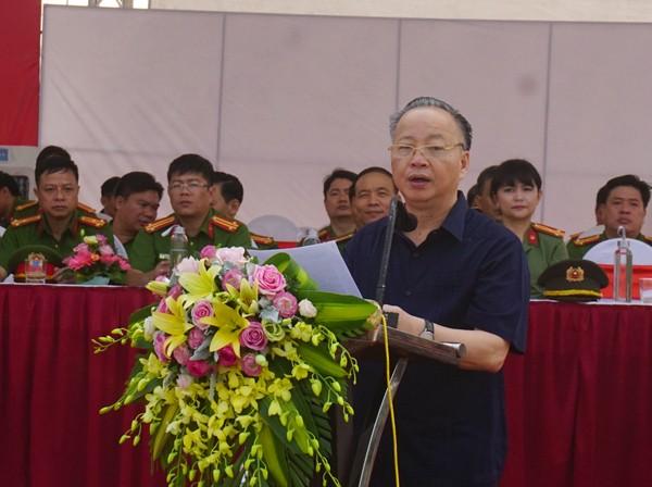 Ông Nguyễn Văn Sửu, Phó Chủ tịch UBND thành phố phát biểu tại buổi lễ