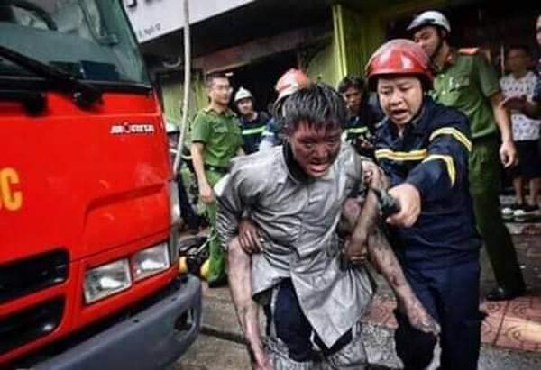 Lòng dũng cảm và trách nhiệm của người lính cứu hỏa ảnh 2