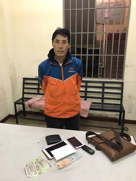 CAP Yên Phụ, quận Tây Hồ tuần tra, kiểm soát phát hiện và bắt giữ đối tượng tàng trữ trái phép chất ma túy