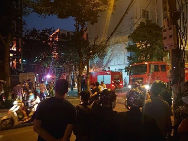Đám cháy nhanh chóng được khống chế và dập tắt hoàn toàn