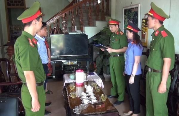 Cơ quan Công an thực hiện lệnh bắt Lê Quang Đức