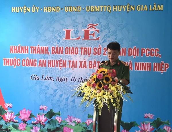 Đại tá Trần Ngọc Dương, Phó Giám đốc Công an TP Hà Nội phát biểu tại buổi lễ