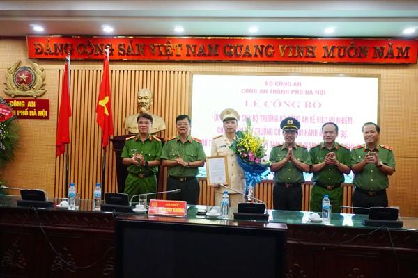 Đảng ủy, Ban giám đốc CATP Hà Nội chúc mừng Đại tá Nguyễn Hồng Ky