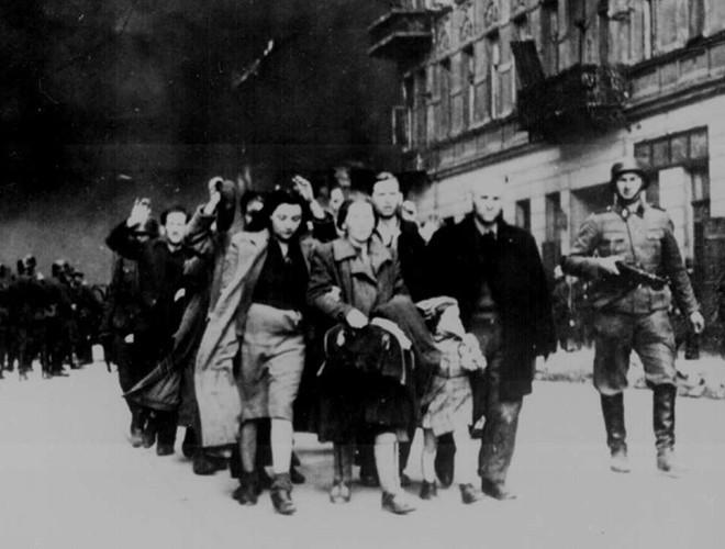 [Ảnh] Lo ngại về xung đột ngay trong lễ kỷ niệm 80 năm nổ ra Thế chiến II ảnh 19