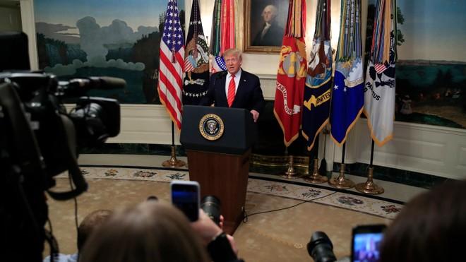 Tổng thống Donald Trump: Biệt kích Mỹ vừa tiêu diệt trùm khủng bố IS số 1 thế giới