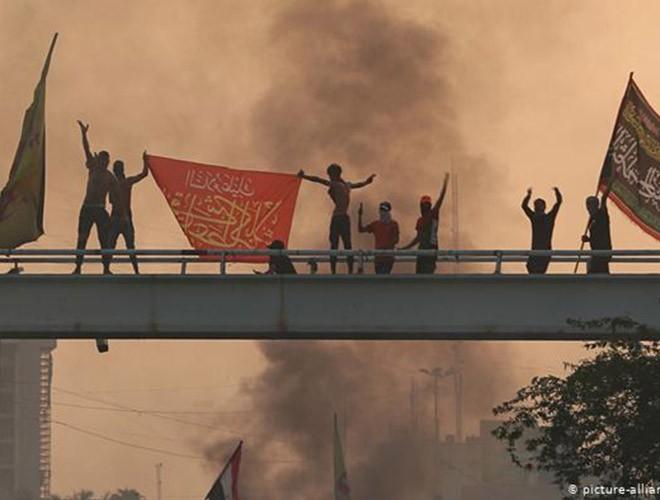 """Phong trào biểu tình mang tên """"cách mạng tuk tuk"""" ở Iraq ảnh 13"""