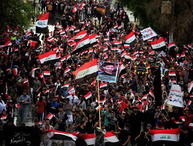 """Phong trào biểu tình mang tên """"cách mạng tuk tuk"""" ở Iraq ảnh 15"""