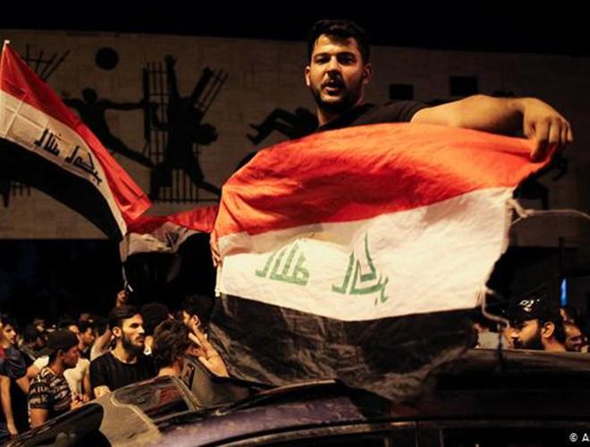 """Phong trào biểu tình mang tên """"cách mạng tuk tuk"""" ở Iraq ảnh 16"""