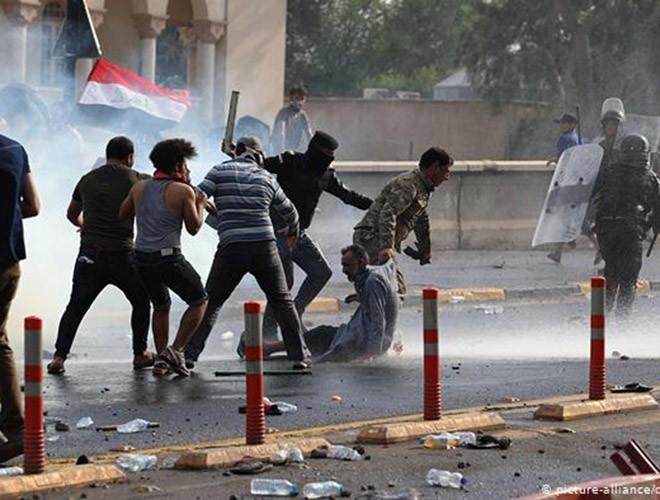 """Phong trào biểu tình mang tên """"cách mạng tuk tuk"""" ở Iraq ảnh 17"""