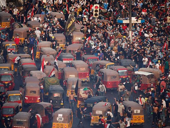 """Phong trào biểu tình mang tên """"cách mạng tuk tuk"""" ở Iraq ảnh 2"""