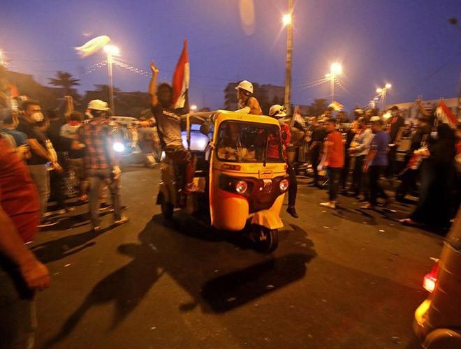 """Phong trào biểu tình mang tên """"cách mạng tuk tuk"""" ở Iraq ảnh 5"""