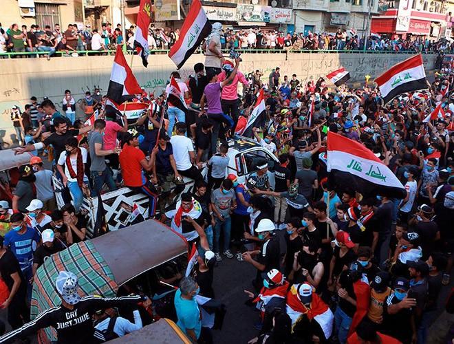 """Phong trào biểu tình mang tên """"cách mạng tuk tuk"""" ở Iraq ảnh 6"""