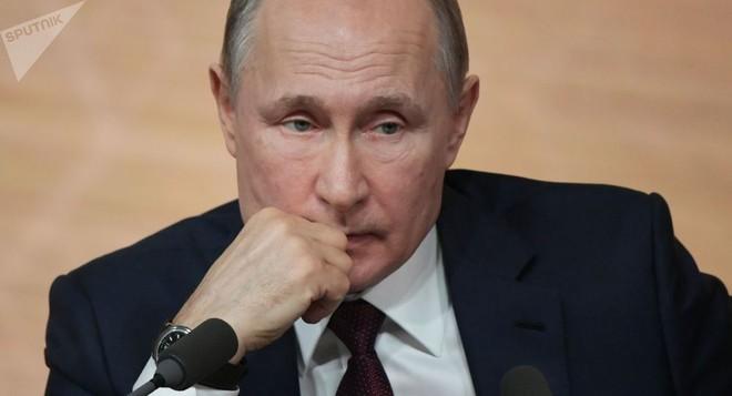 Ông Putin tiết lộ thời khắc khó khăn nhất trong nhiệm kỳ Tổng thống