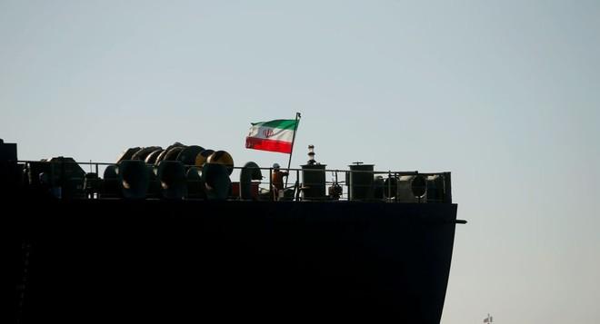 5 công dân Mỹ bị cáo buộc âm mưu bán dầu Iran cho Trung Quốc
