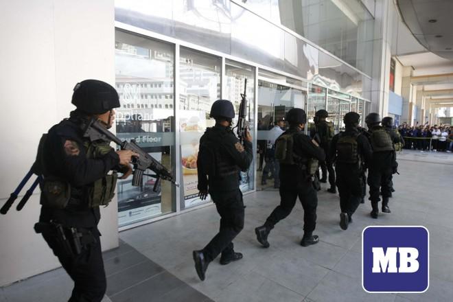 Philippines: Vẫn đang thương thuyết với kẻ bắt giữ 30 con tin trong siêu thị