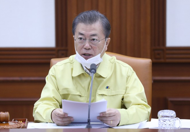 Tổng thống Hàn Quốc tuyên chiến với dịch Covid-19
