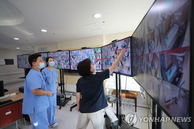 Hàn Quốc: Bệnh nhân Covid-19 che giấu thông tin có thể bị phạt rất nặng
