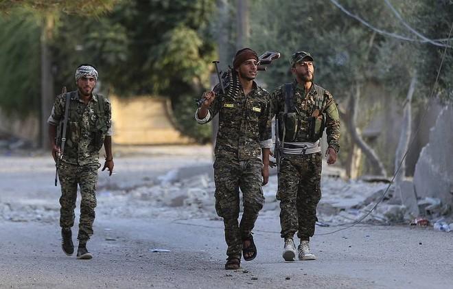 Người Kurd ở Syria đồng ý ngừng bắn để chống dịch Covid-19