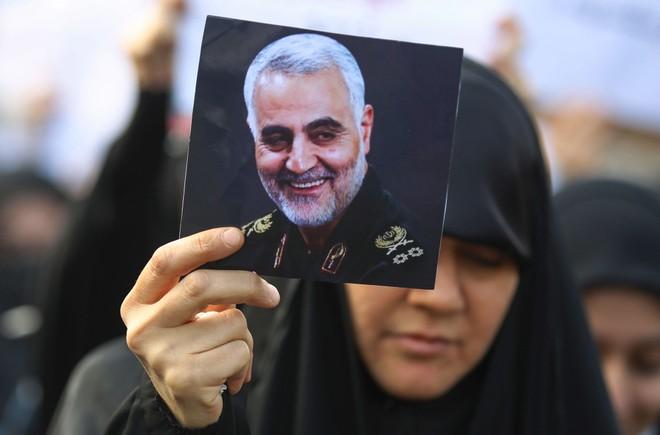 Iran kết án tử hình gián điệp CIA chỉ điểm tướng Soleimani