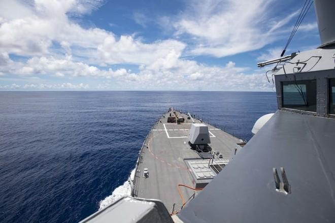 Tàu hải quân Mỹ tiếp tục thách thức Trung Quốc ở Biển Đông