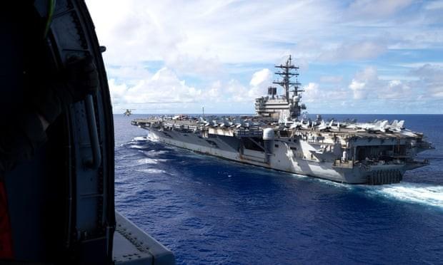 Tàu chiến Australia chạm mặt tàu hải quân Trung Quốc ở Biển Đông (ảnh do Bộ Quốc phòng Australia cung cấp)