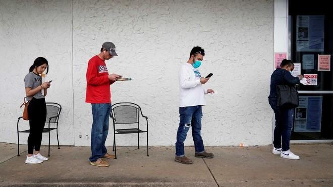 Mỗi người Mỹ thất nghiệp do đại dịch Covid-19 sẽ nhận khoản hỗ trợ 400 USD/ tuần