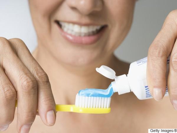 Điểm mặt 8 sai lầm phổ biến khi đánh răng ảnh 1