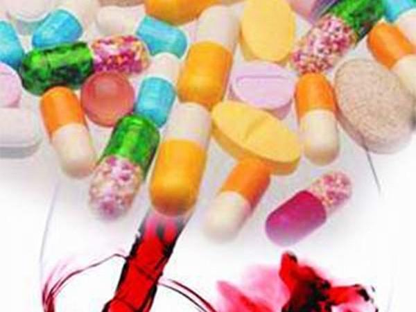 Cảnh báo: Những loại thực phẩm và thuốc kỵ nhau ảnh 1