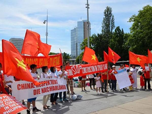 Audio 28-6-2015: Bạn bè quốc tế phản đối Trung Quốc thay đổi nguyên trạng Biển Đông ảnh 3