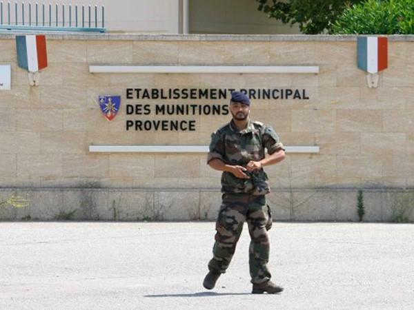 An ninh đã được tăng cường bên ngoài căn cứ Miramas