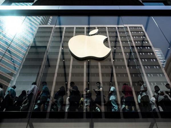 """Audio 6-11-2015: Apple mở công ty đại diện tại Việt Nam và vụ Vinamob móc túi """"người nghèo Việt Nam"""" ảnh 1"""